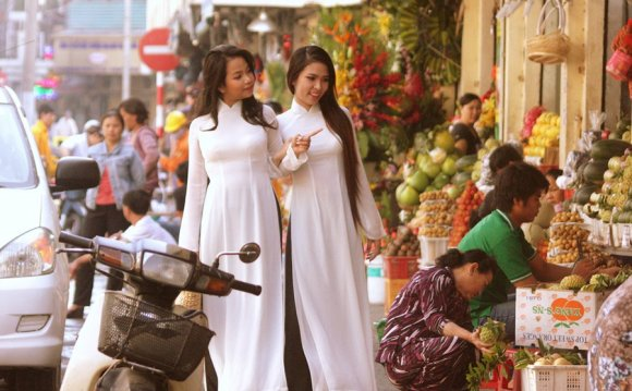 Ao Dai - Vietnamese national
