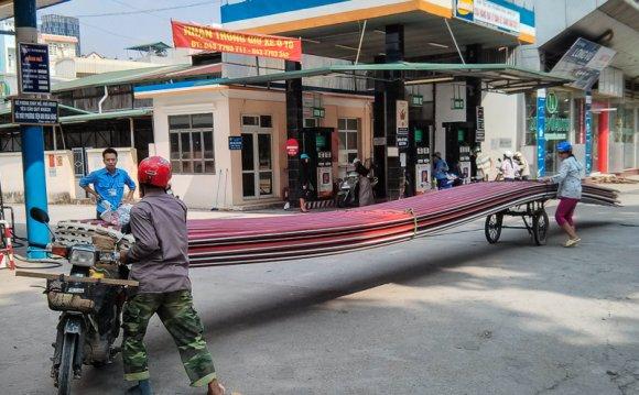 A-Motorbike-in-Vietnam.jpg