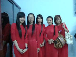 Girl pupils with Aodai, the Vietnamese dress