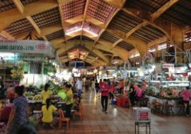 The food stalls in Ben Thanh market sees hundreds of site visitors a-day so they have a tendency to proceed through their food very quickly when compared to various other meals stalls around the town.
