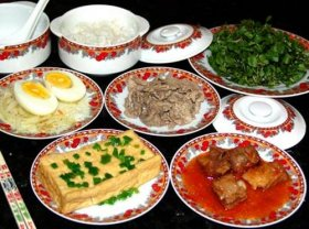 vietnamese-family-meals